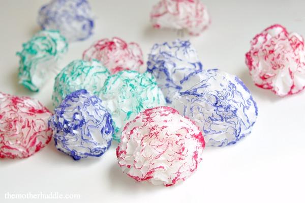 Tissue-Paper-Flowers-DIY