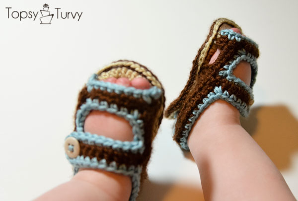Simple Crochet Patterns For Baby Booties : Crochet Baby Sandal Shoes with Free Pattern Everyone Can Try
