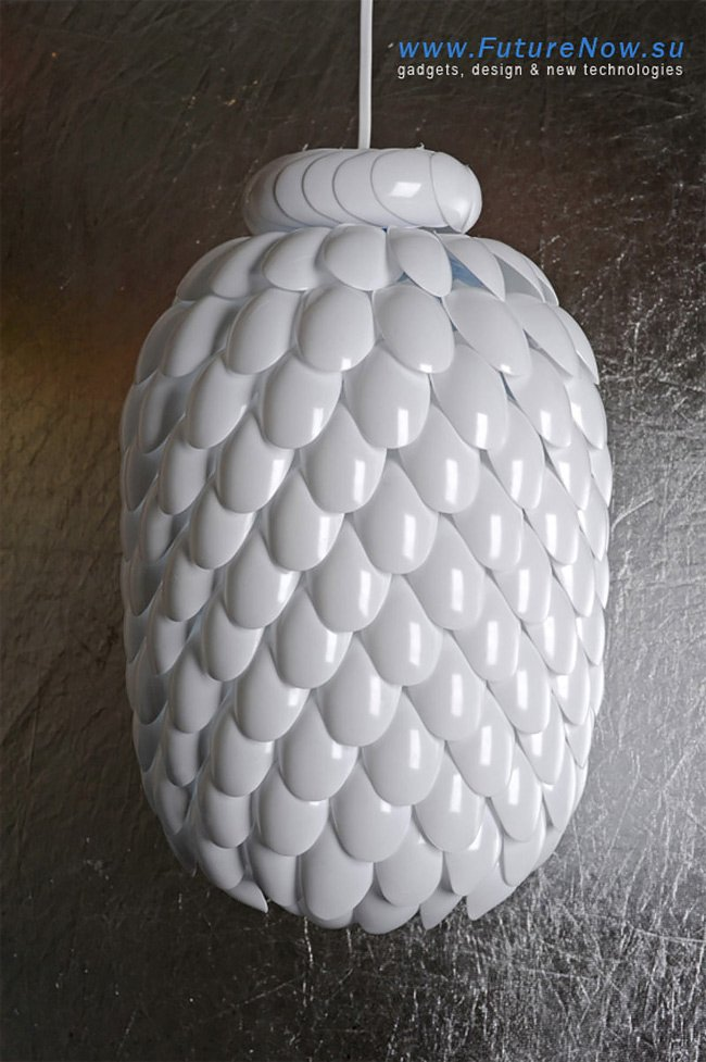 How to DIY Lamp from Plastic Spoons
