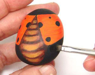How to DIY Rock Ladybug! Easy & Fun Art!