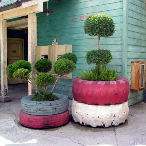 How to diy old tire garden ideas recycled backyard - Garden ideas using tyres ...