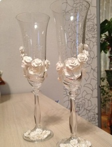 DIY-Wedding-Cups-with-Polymer-Clay-Roses-19