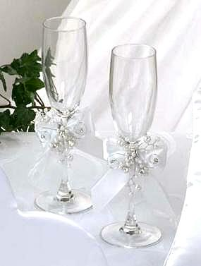 DIY-Wedding-Cups-with-Polymer-Clay-Roses-23