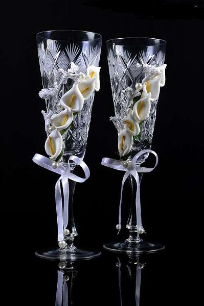 DIY-Wedding-Cups-with-Polymer-Clay-Roses-24