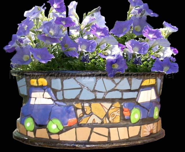 DIY Wonderful Mosaic Planter Using Old Wheel Rim