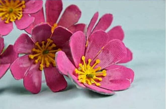 DIY Egg Carton Lovely Flowers Craft