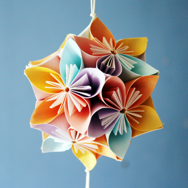 Christmas party decorations diy - How To Fold Cute Diy Kusudama Paper Craft Flower