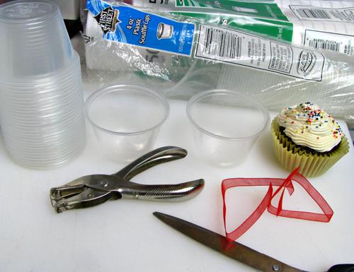 DIY Cupcake Holder-2