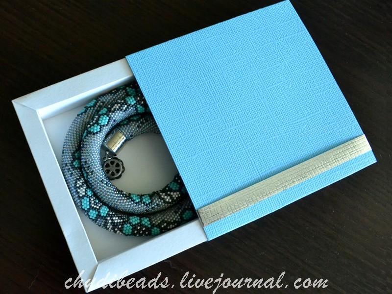 Gift-Box-10