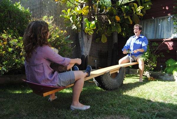 How to Repurpose A Tire Into A See Saw (Teeter Totter) 4