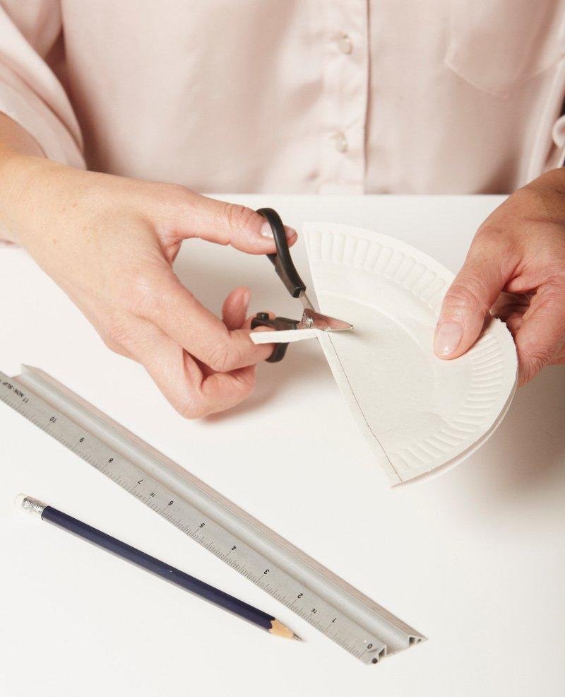 Paper-Plate-Lamp-2