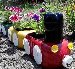 Plastic-Bottle-Planter3