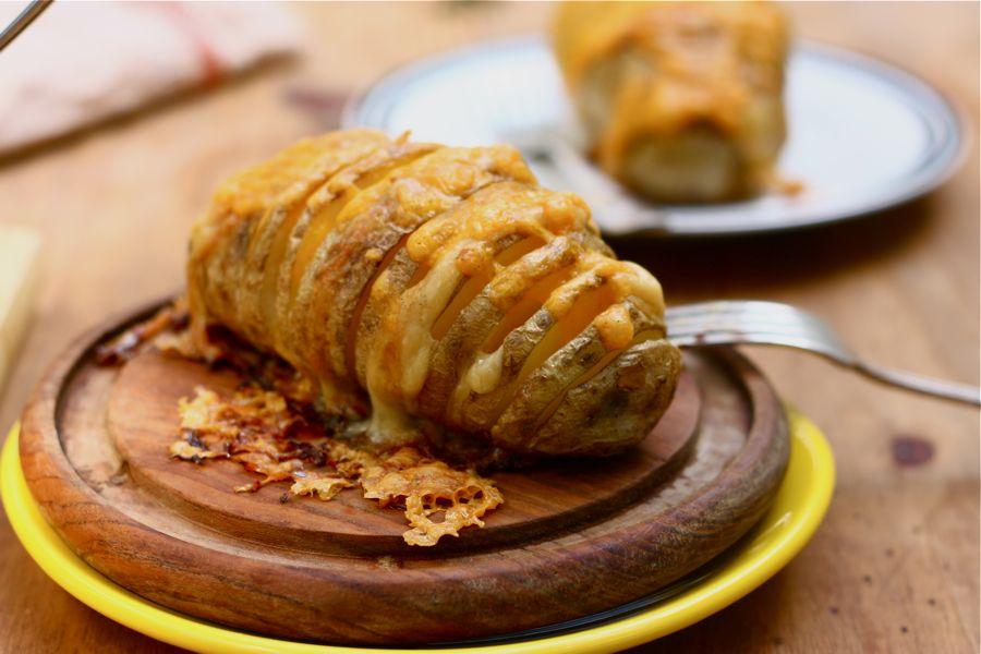 Рецепт картофеля запеченного в духовке с сыром и сливками