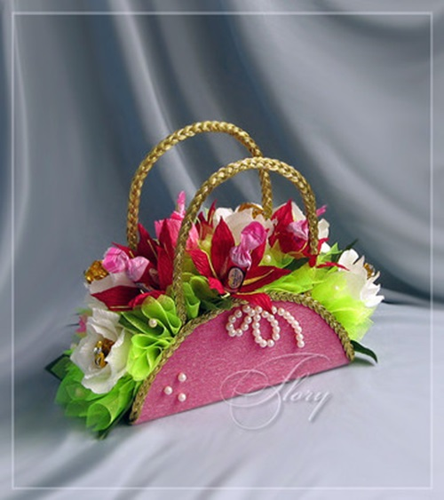 diy-beautiful-handbag-style-candy-flower-basket-from-cereal-box-23