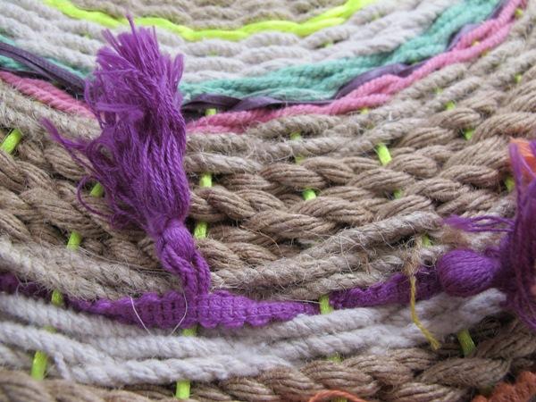 diy-paper-plate-circle-weaving-rope-swirl-tapestries-5