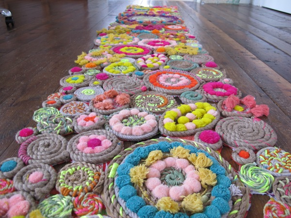 diy-paper-plate-circle-weaving-rope-swirl-tapestries-9