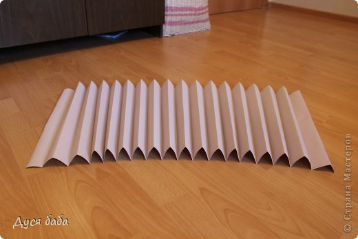 diy-pull-up-window-shade-made-of-paper-03