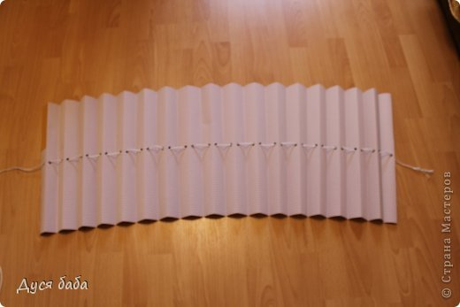 diy-pull-up-window-shade-made-of-paper-06