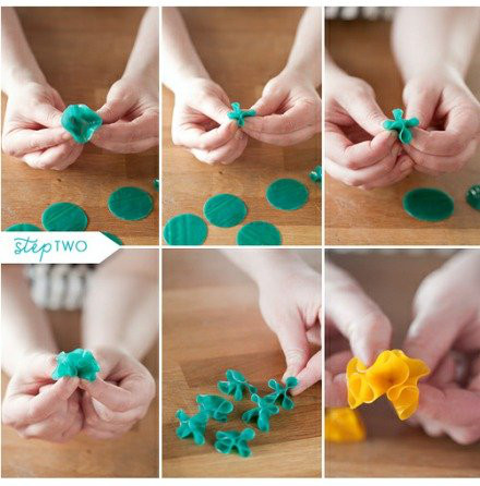 Cake Decorating How To Make Flowers : Cool Creativity   How to Make Cake Flowers from Fruit Roll-up