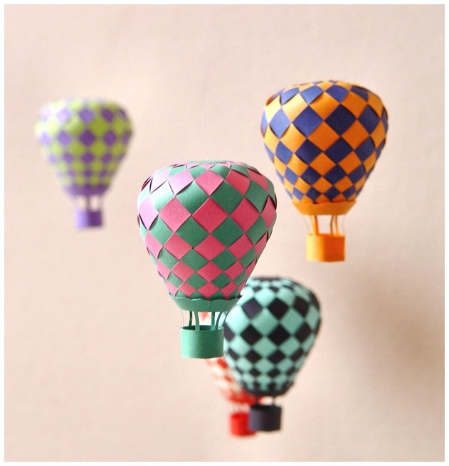 paper-hot-air-ballon-mobile-1