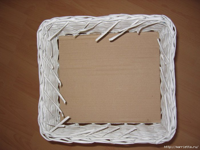 How To Weave A Basket Out Of Paper : Weave baskets with newspaper wicker you can try