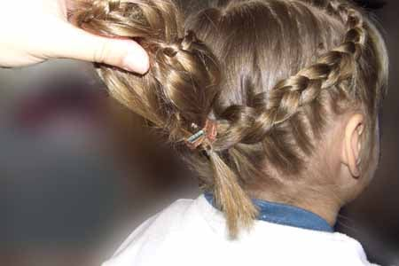Diy Heart Shaped Braids Hairstyle