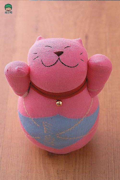 diy-cute-cat-sock-toy-00-20