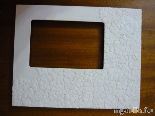 diy-mosaic-picture-frame-out-of-white-egg-shell-03