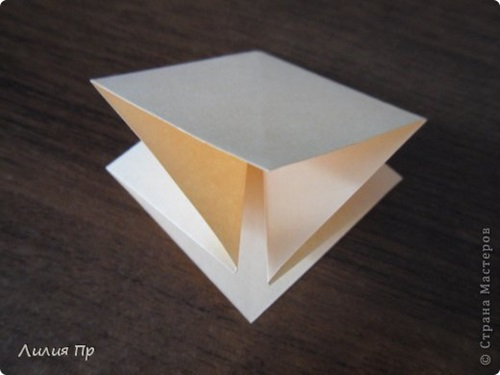Easy Origami Twisty Rose Folding Instructions- oragami site- good ... | 375x500