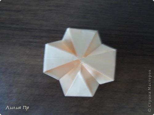 diy-origami-twisty-rose-10