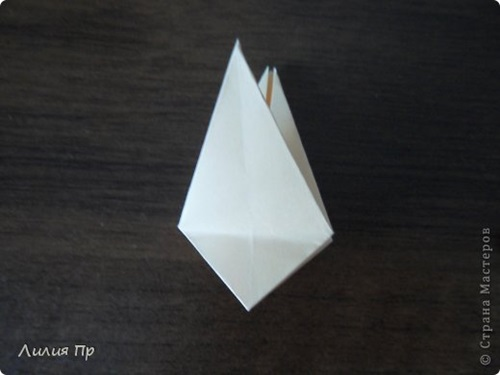 diy-origami-twisty-rose-7