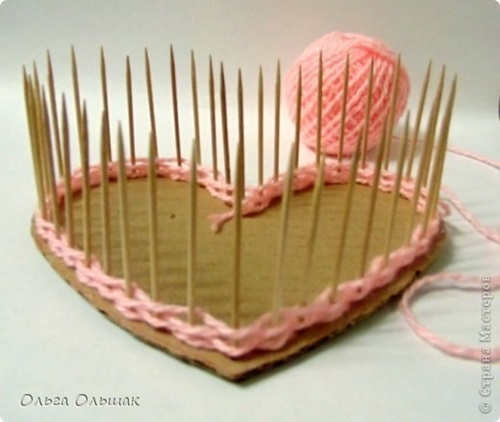 diy-small-heart-shaped-container-with-yarn-3