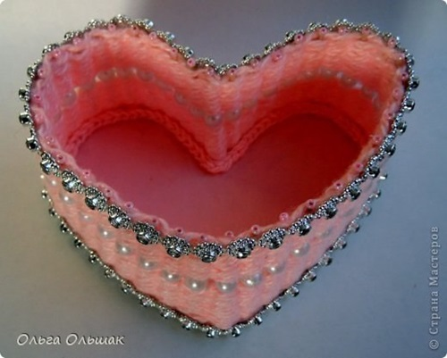 diy-small-heart-shaped-container-with-yarn-6