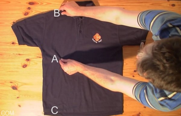 fold-a-t-shirt-in-under-2-seconds
