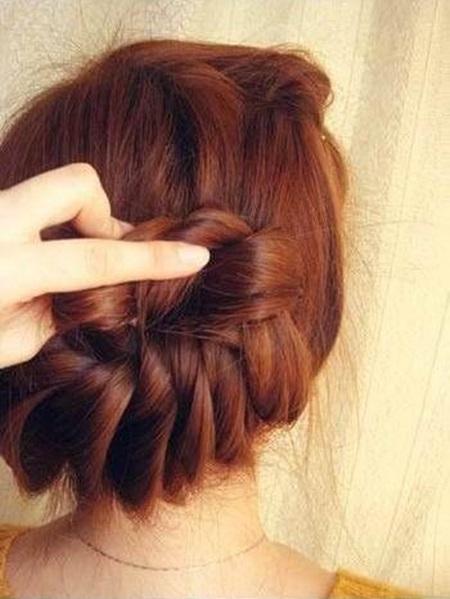 diy-elegant-braids-hairstyle-13