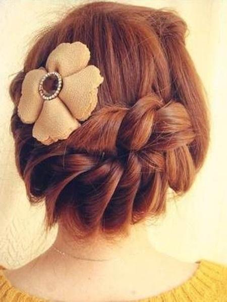 diy-elegant-braids-hairstyle-16