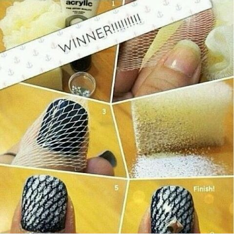 diy-perfect-fishnet-nail-art-using-an-old-loofah2
