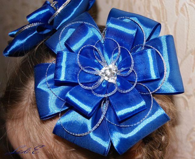 DIY Pretty Satin Ribbon Bows
