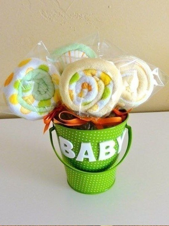 diy-washcloth-lollipops-for-baby-shower-00-00