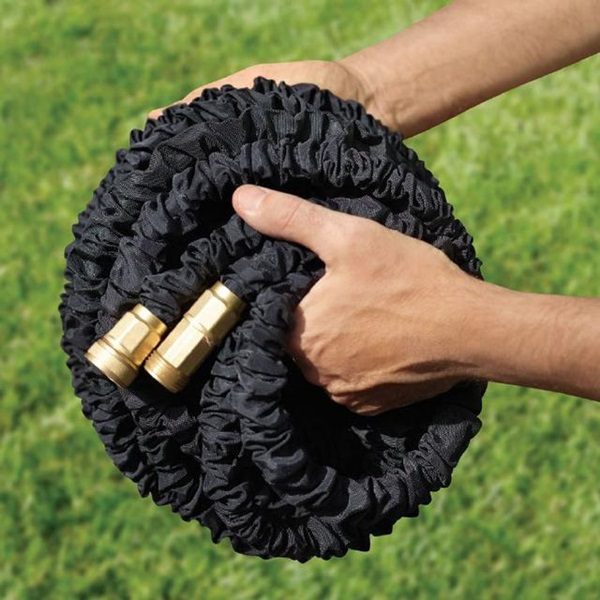 A hose that automatically expands and contracts.
