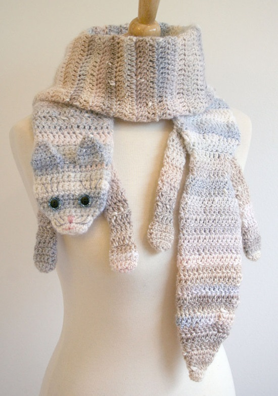 Crocheting Scarf : DIY Crochet Fashion Calico Cat Scarf