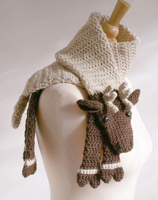 DIY Crochet Fashion Reindeer Scarves