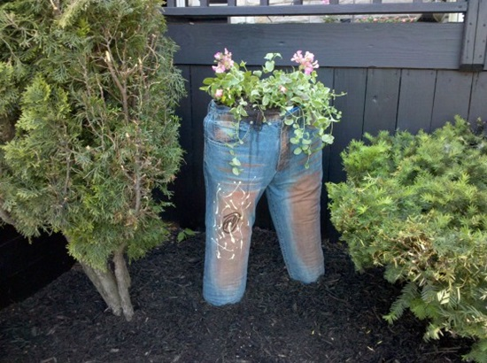 DIY Old Jeans Planters-2