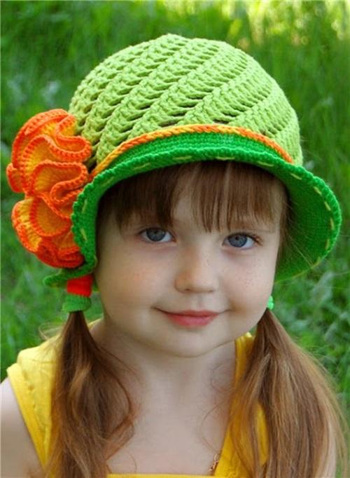 diy-crochet-pretty-panama-hat-for-girls-75