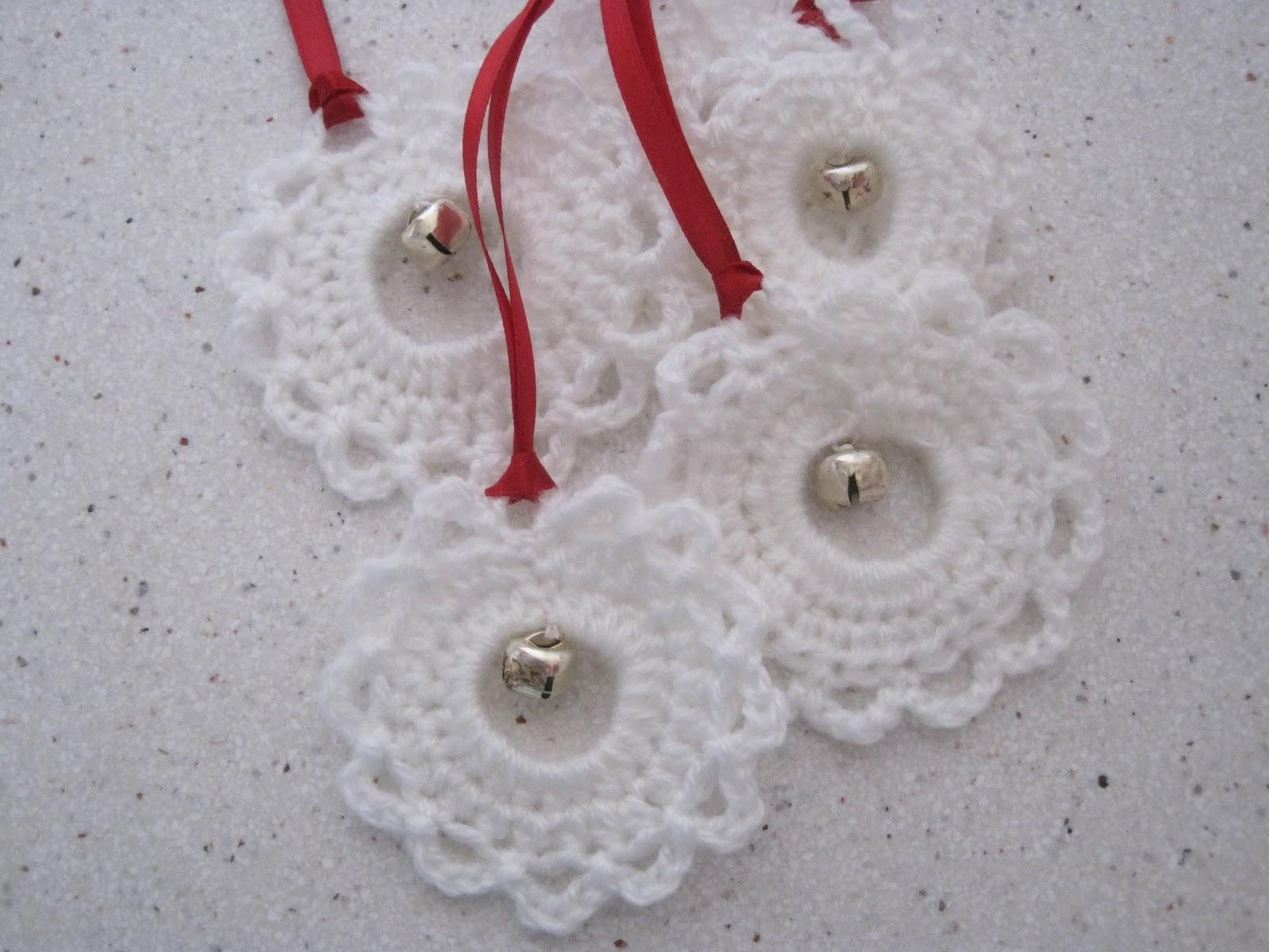 Garland Ornament Free Crochet Pattern