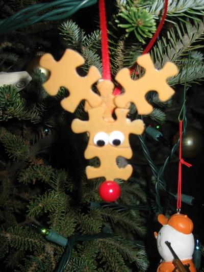 50 Creative DIY Christmas Ornament Ideas and Tutorial-Puzzling Rudolph ornaments