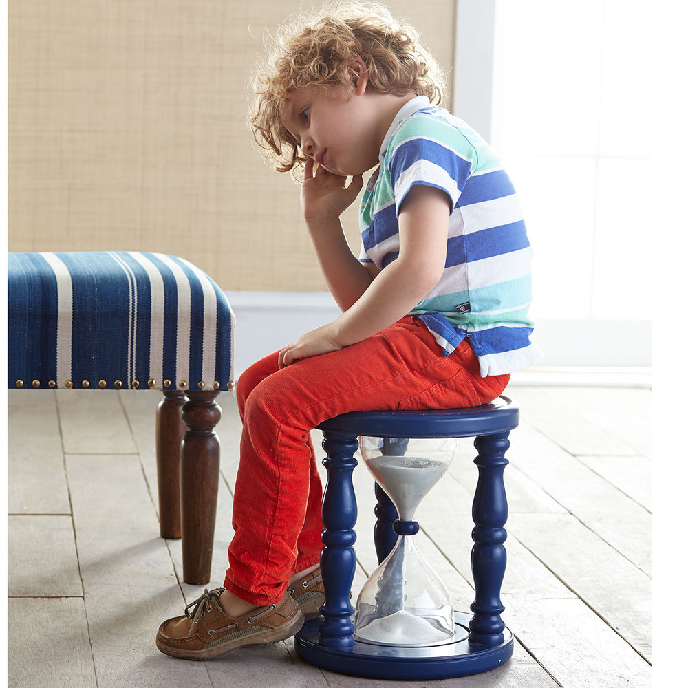 Diy sand hourglass time out stool with plastic drink bottles for Child on chair