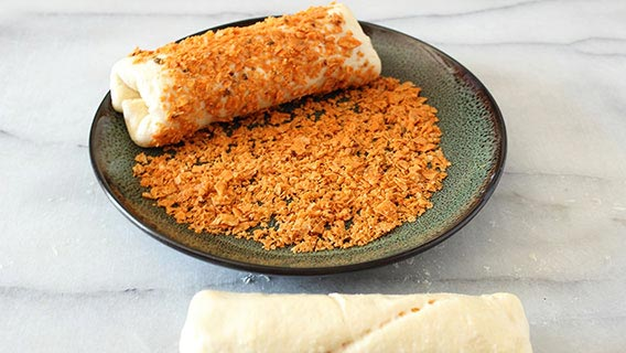 nacho-crusted-crescent-dog_05