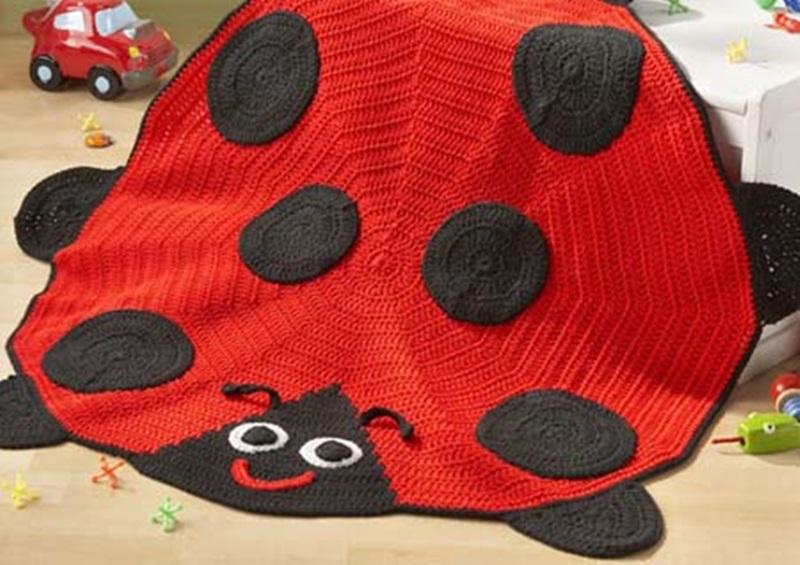Ladybug-Afghan crochet