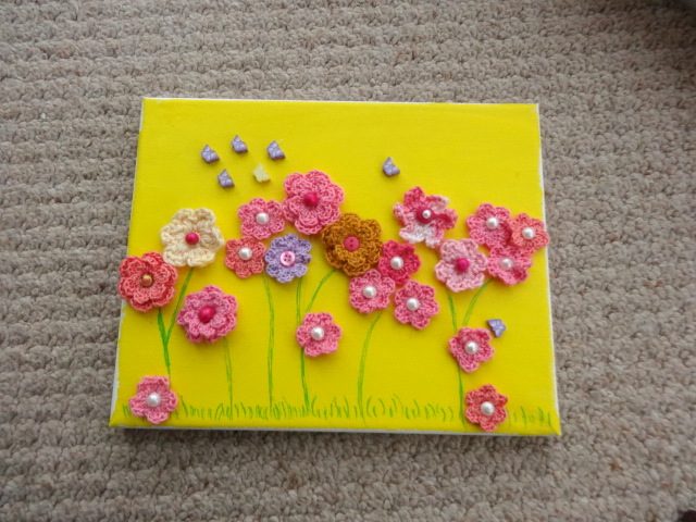 DIY Lovely Crochet Flowers on Canvas